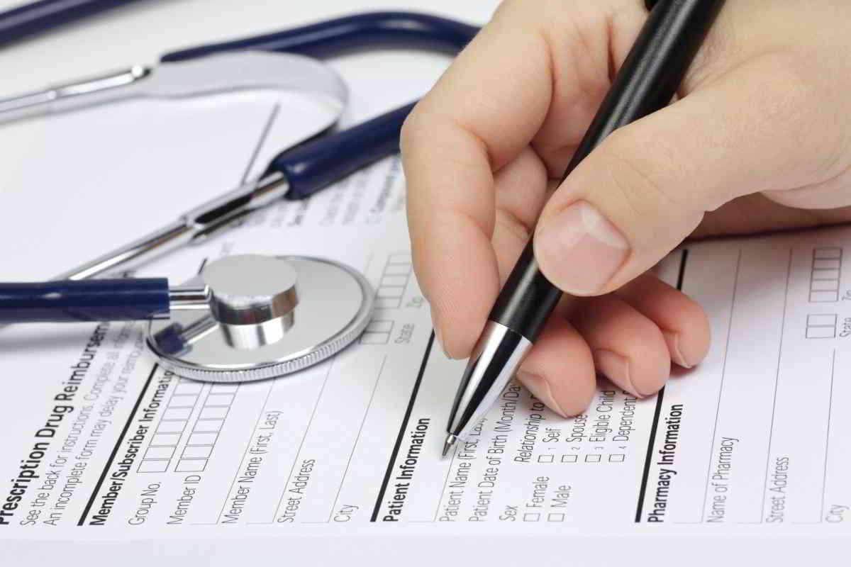 Co to jest i ile kosztuje ubezpieczenie zdrowotne?