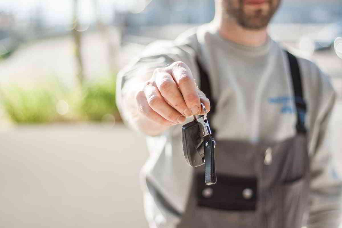 Umowa kupna-sprzedaży samochodu co powinna zawierać