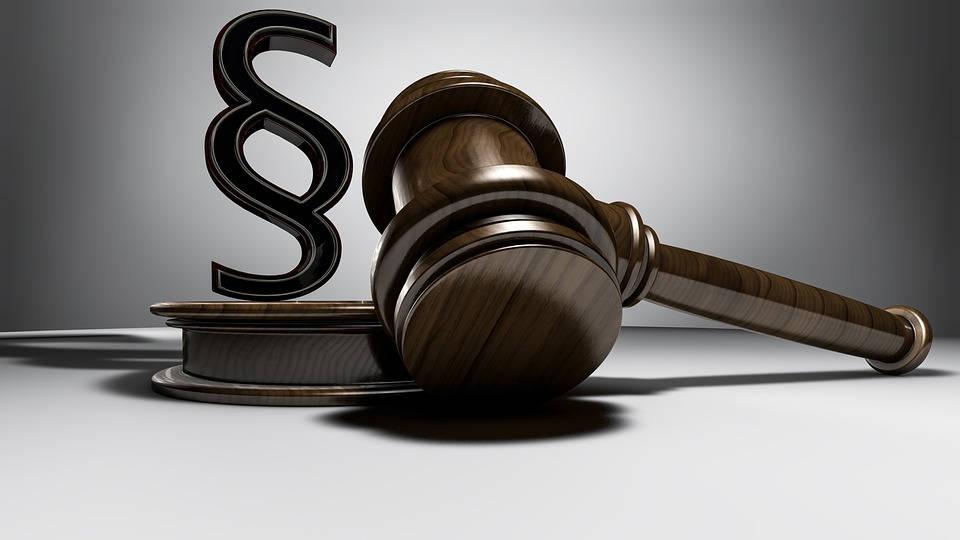 Pomoc prawna w zawiłym sektorze publicznym